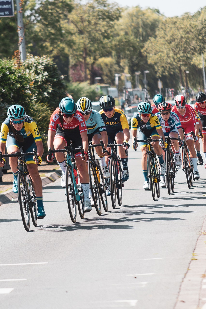 cycling, cyclists, race